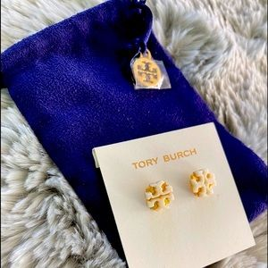 Tory Burch 💯 Authentic EnameLarge T Logo Stud